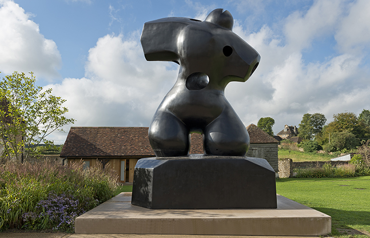 Henry Moore Bound to Fail (Bronze)